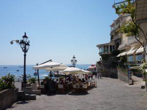 Amalfiküste Reisen Positano Promenade Süditalien