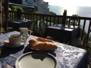 Süditalien Amalfiküste Reisen Unterkunft Frühstück