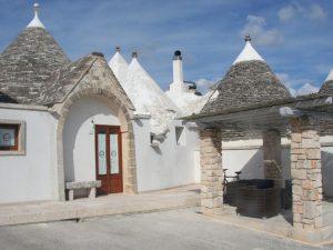 Apulien Reise Trullo Unterkunft Übernachtung