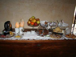 Unterkunft Frühstück Matera Süditalien Urlaub
