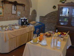 Toskana Rundreise Val d'Orcia Unterkunft Frühstück