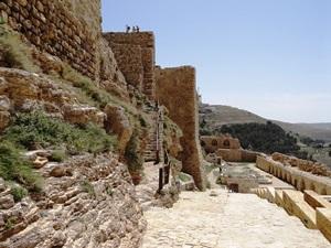 Rundreise Jordanien Man kann sich gut vorstellen, wie herrschaftlich es einmal ausgesehen haben muss