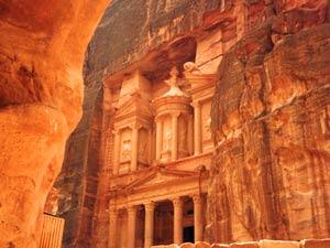 Felsenstadt Petra Jordanien Highlights Sie werden erstaunt sein wie groß das Schazthaus ist