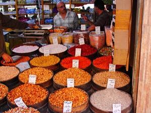 Jordanien Amman Besuchen Sie die Zitadelle, das Römische Amphiteather und die bunten Märkte
