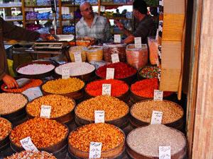 Jordanien individuell Besuchen Sie die Zitadelle, das Römische Amphiteather und die bunten Märkte