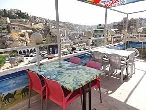 Dachterrasse mitten in Amman