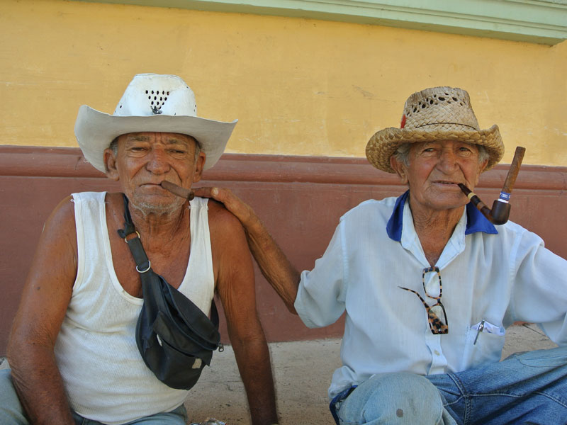 Kubaner auf den Straßen von Trinidad