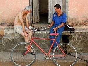 Schachspieler mit Fahrrad