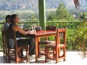 Kaffee trinken auf der Veranda