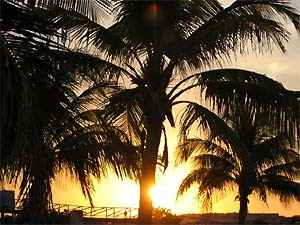 Sonnenuntergang am Strand bei Westkuba Rundreise