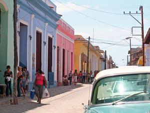 Bunte Häuser in Trinidad bei Kuba Reise