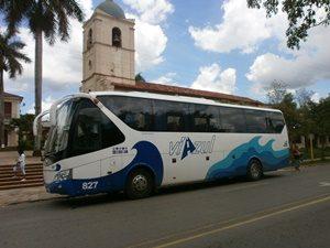 Bus der Firma Viazul bei einer Busreise durch Kuba
