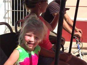 Kind auf Bici Tour in Trinidad auf Kuba