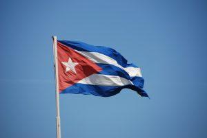 Flagge-Kuba-in-Santiago-am-Friedhof-Geschichte-Kuba