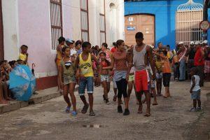 Straßenfest-in-Trinidad-Sicherheit