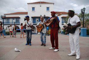 kubanische-Musiker-in-Santiago-de-Cuba-Sprache-auf-Kuba