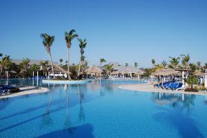 Pool des Hotel Melia las Dunas auf Cayo Santa Maria