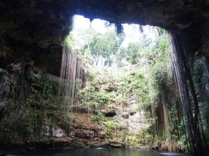 Kuba Mexiko Rundreise Cenote bei Chichen Itza