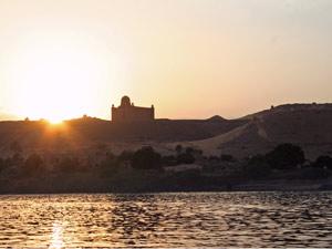 aegypten-assuan-tempel-sonnenuntergang