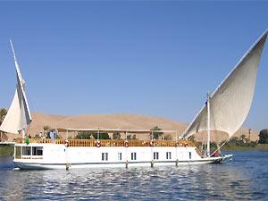 Mit der Dahabeya segeln auf dem Nil
