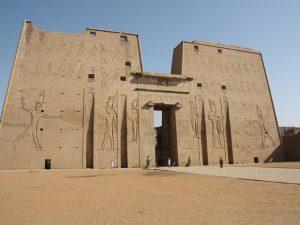 Der Horus Tempel in Edfu - Rundreise Ägypten