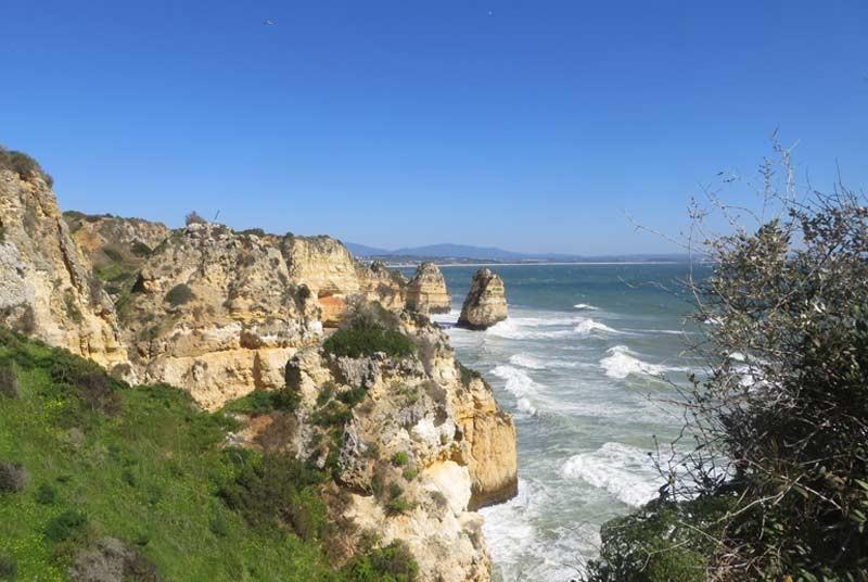 Warum nach Portugal reisen? Algave Felsen