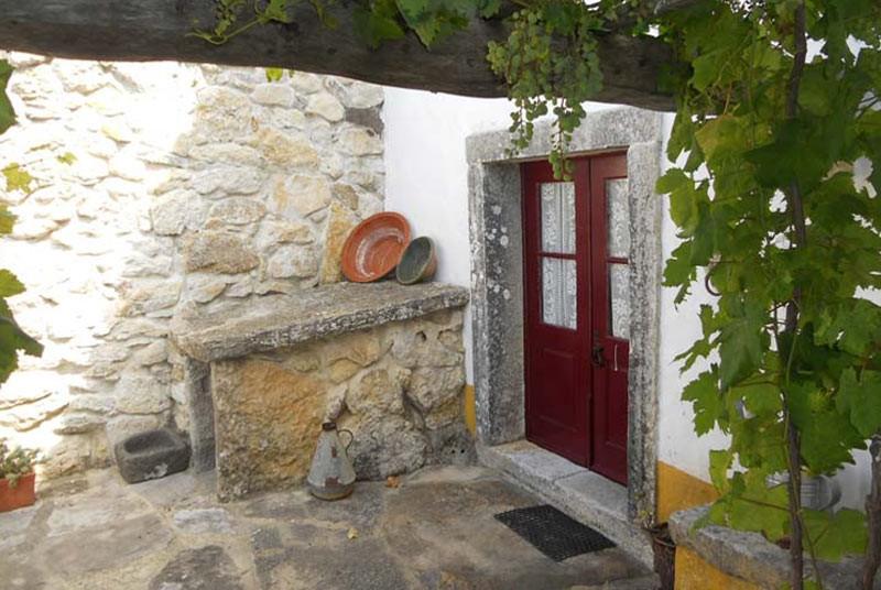 Warum nach Portugal reisen? Landhaus aus Stein