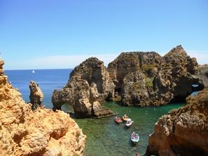 Felsenküste-Süden-Portugals-Algarve