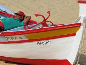 Felsalgarve-Entspannung-Fischerboot