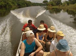 brazilie toeristen bootje