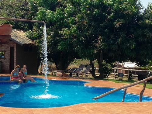 Famiiliereis Brazilë - zwembad Pantanal