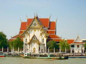 bangkok-chao-phraya-tempel-anleger