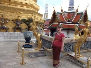 Achten Sie auf korrekte Kleidung beim Besuch von Tempeln in Thailand