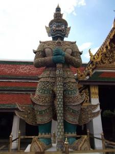 bangkok-koenigspalast-waechter-statue