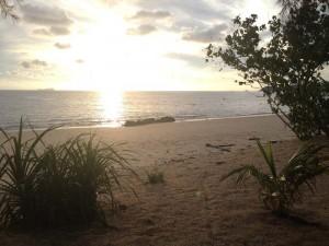 Inselhopping Thailand - Sonnenuntergang am ersten Abend auf Koh Jum