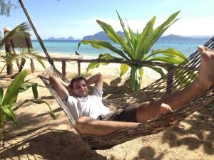 Entspannung am Strand von Koh Kradan, einer der Thailand Inseln