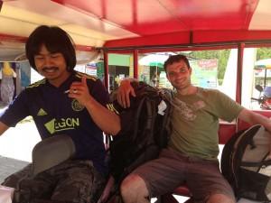 Begegnung mit Einheimischen auf Koh Lanta