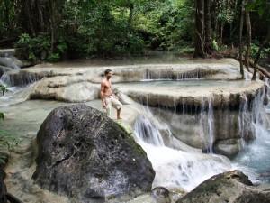 river-kwai-erawan-nationalpark-wasserfall-ebene