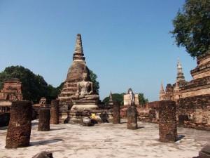 Der historische Park in Sukhothai