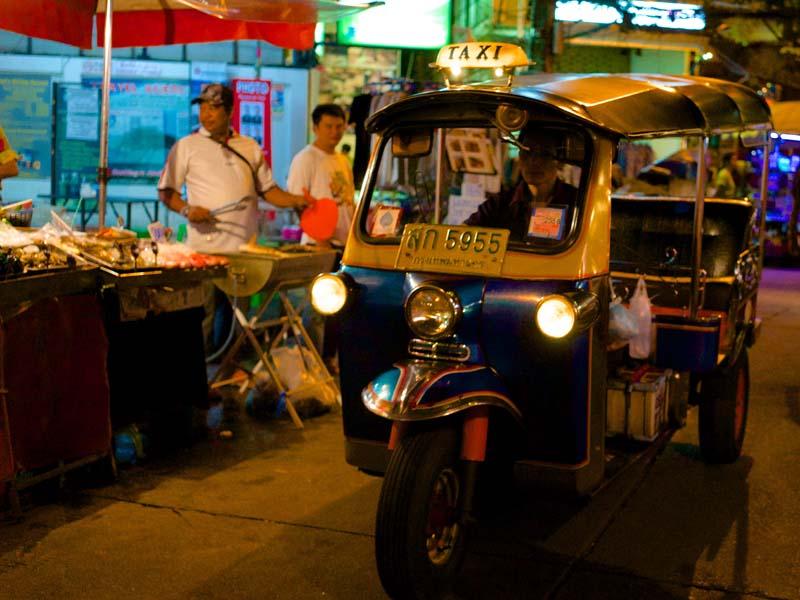 Mit dem Tuk Tuk duch Chiang Mai