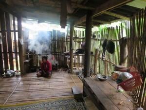 chiang-mai-trekking-huette-kueche