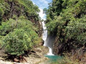Tosender Wasserfall auf Koh Chang