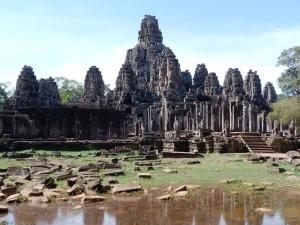 siem-reap-angkor-wat-tempel-wasser