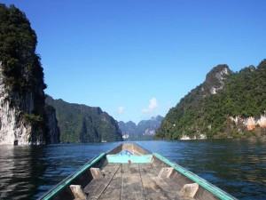 Gehört zu den Thailand Highlights - Bootsfahrt auf dem Racha Praba See