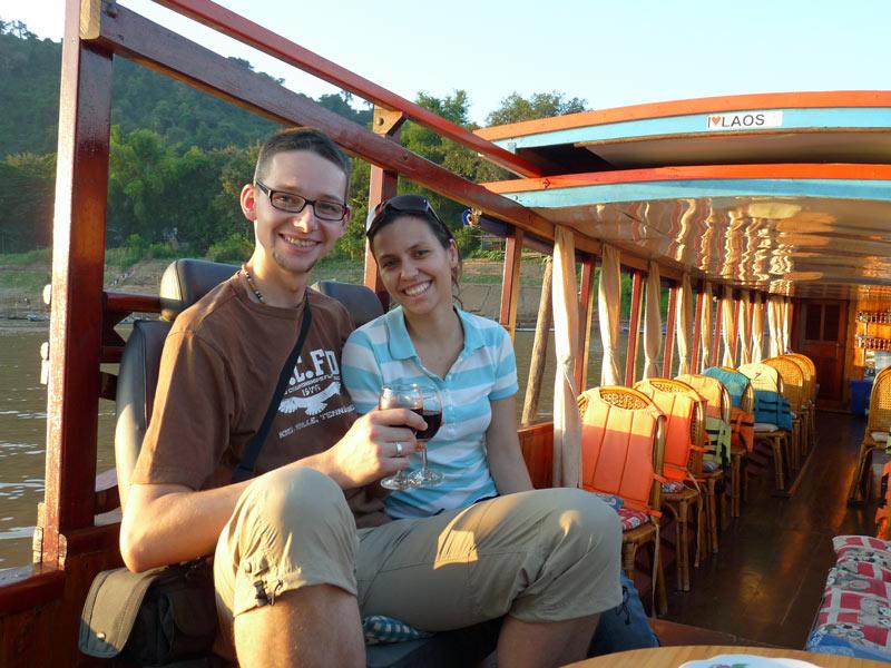 Reisende auf einer Mekong Flusskreuzfahrt