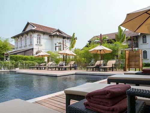 Ein Pool zum Entspannen und Erfrischen