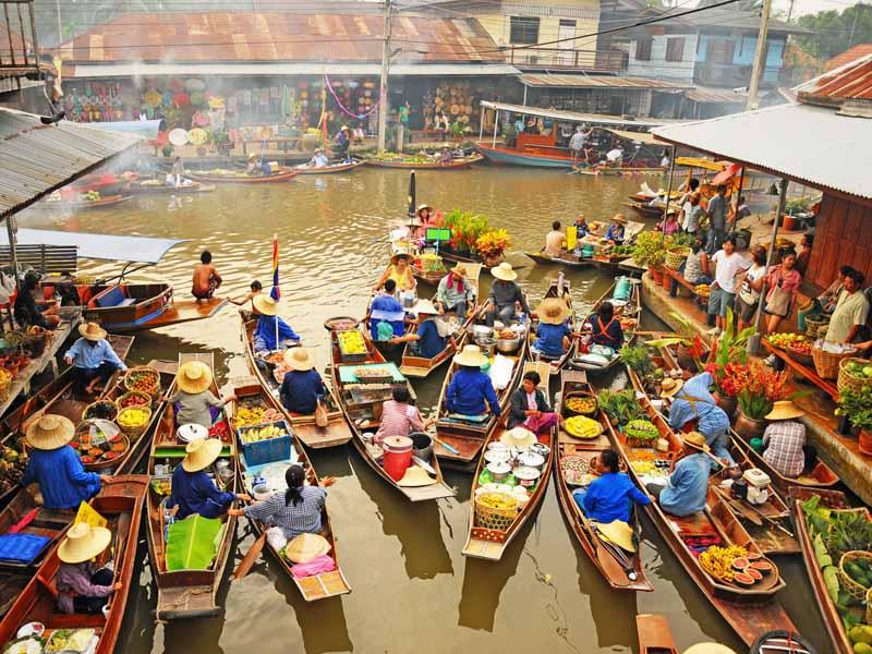 Von Bangkok nach Koh Phangan: Schwimmender Markt in Amphawa