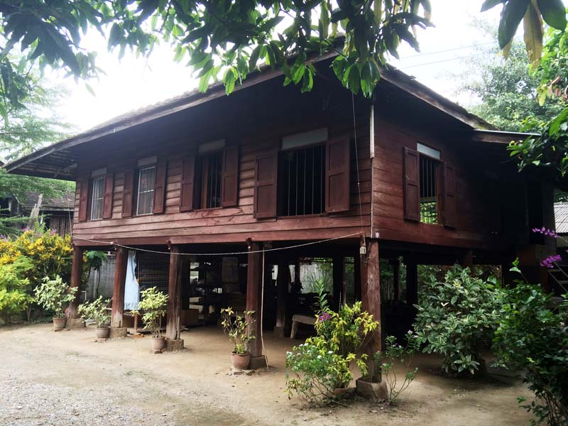 Holzhaus einer Lanna-Familie