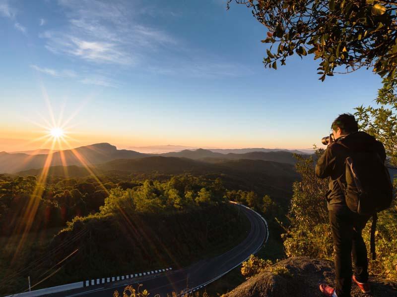 Chiang Mai Sehenswürdigkeiten: Schöner Sonnenaufgang am Doi Inthanon