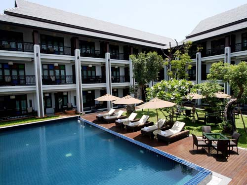 Hotelpool in Chiang Mai Thailand